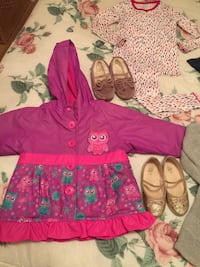 Girls 3T clothes and shoes- 10 items, Great Condition