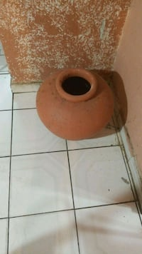 brown and white ceramic vase Hialeah, 33012