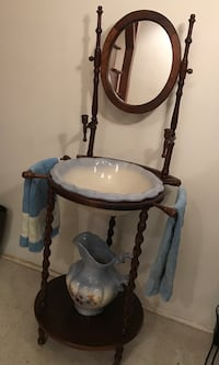 Antique basin wash stand  Great Falls, 22066