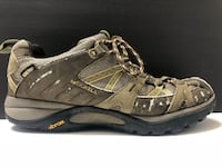 Merrell GoreTex™ waterproof women's size 8 hiking boot Pickerington, 43147