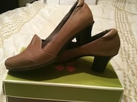 Naturalizer Sz 9.5 Very soft leather heeels