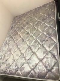 white and gray floral mattress Vancouver, V5X