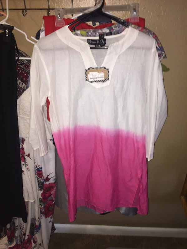 aa57afa71e9 Used Women s Medium Clothing for sale in Manassas - letgo