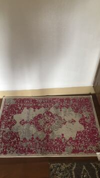 Very good condition. Just doesn't go with my decor Monterey, 93940