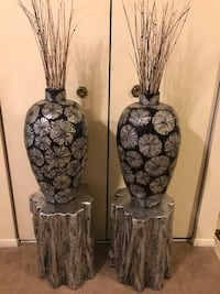 """Brand new 4 pieces set of 2 hallow cement stumps 20"""" with 2 matching mosaic 24"""" vases free bamboo sticks click on my profile picture on this page for more listings message me if you interested pick up in Gaithersburg Maryland 20877 all sales final  Gaithersburg, 20877"""
