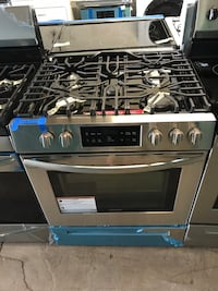 "Brand New Frigidaire 30"" Slide In stainless steel gas stove 6 months warranty Baltimore, 21215"