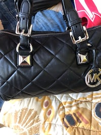 Michael Kors black leather quilted-like medium size purse/bag excellent conditions  Waterloo, N2J 4H2