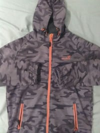 Sweat à capuche camouflage gris, noir et orange Paris, 92100