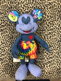 toddler's blue and yellow animal plush toy Delray Beach, 33446
