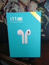 I11 headphones