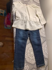 Toddler Girl 2 pc never used Cliffside Park, 07010