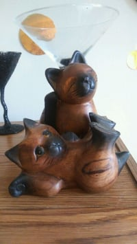 two wooden kitten figurines Sarnia, N7S 2S8