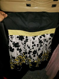 black and white floral skirt San Diego, 92111