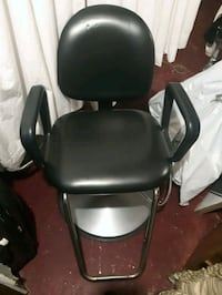 Hyd style chair (beauty salon chair) Toronto, M3N 2R7