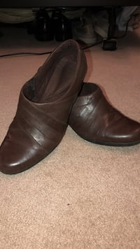 Leather Clark's size 10 Fairview Heights, 62208