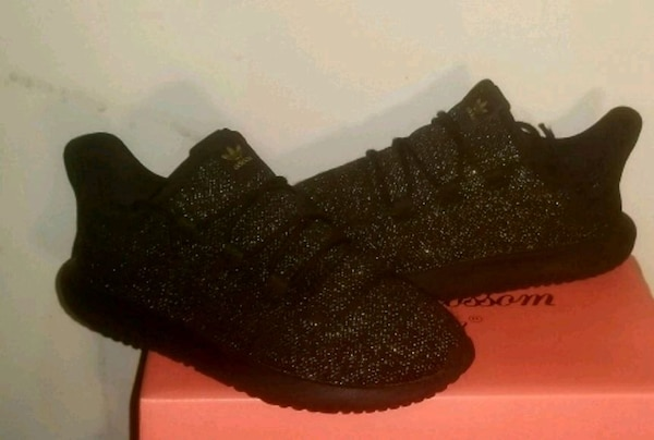 42e002703e154 Used Adidas Yeezy Boost 350 size 3 youth for sale in Greensboro - letgo