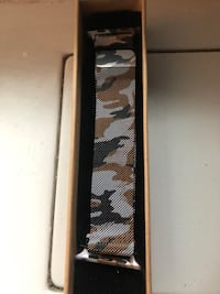 Stainless steel Apple Watch band: 42in New York, 10028