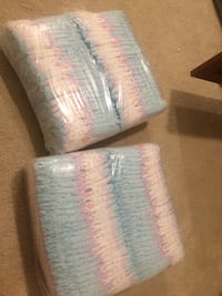 2 packs of size 2 diapers