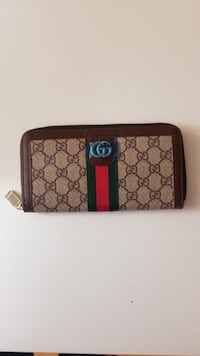 monogrammed brown Gucci leather wallet Davie, 33314