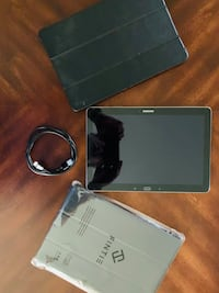 """Samsung Galaxy Tab Pro 12.2"""" Tablet With 2 Cases And Charging/Data USB Cable Gurnee, 60031"""