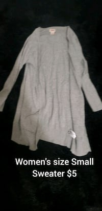 Women's size Small Sweater  College Station, 77845
