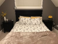 white-and-gray floral bed sheet set