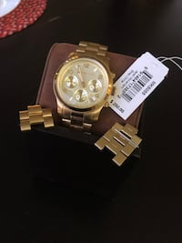 round gold-colored chronograph watch with link bracelet Los Angeles, 90036