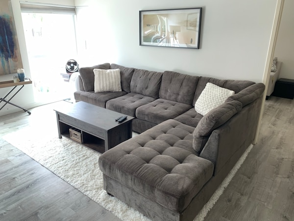 premium selection 61b40 f4d47 Dark gray sectional couch sofa