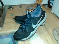 pair of black Nike lace-up shoes Sumner, 98391