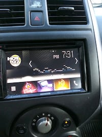 Touchscreen kenwood Bluetooth and built in tv.gps