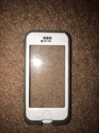 Used iPhone 5 white/grey screenless otterbox  Havelock, 28532