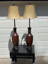 2 Antique lamps Hockessin, 19707
