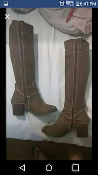 Size 6 boots BRAND NEW