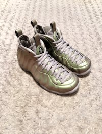 WMNS Nike Air Foamposite 1's paid $230 Size 8 Like new. Worn once Washington, 20002