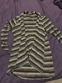 Women's size large cardigan great condition clean smoke free home Peoria, 85382