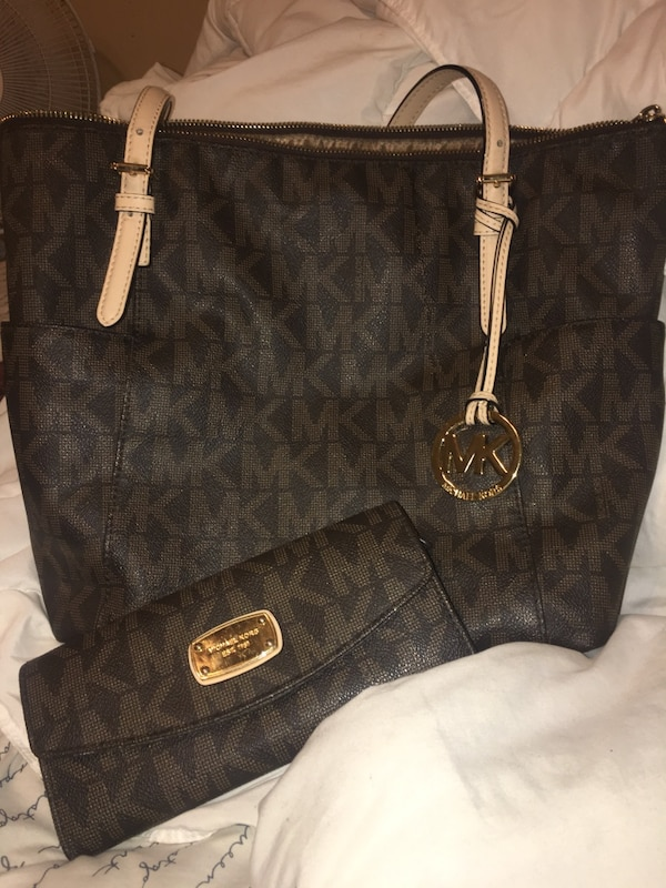 bb6109da95b7 Used Brown michael kors tote bag with wallet for sale in Hiram - letgo