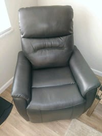 gray leather power recliner  Columbus, 43228