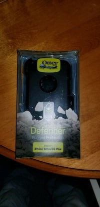 Otterbox defender case for iPhone 6+   Kearney, P0A