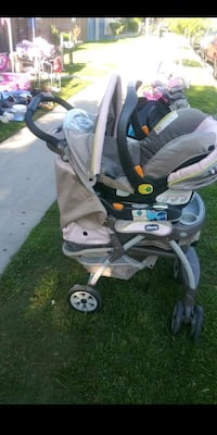 CHICCO STROLLER WITH CAR SEAT AND BASE!!! Anaheim, 92801