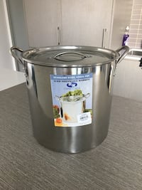 Stainless Steel Stock Pot Toronto, M5J 0B9