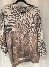 BRAND NEW WITH TAG AXARA PRINTED TOP - CHANDAIL