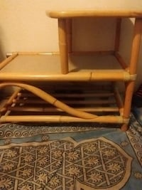 Beautiful bamboo side table well made Victoria, V8T