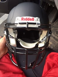 Riddell Matte Black Football Helmet (Large) Falls Church, 22042
