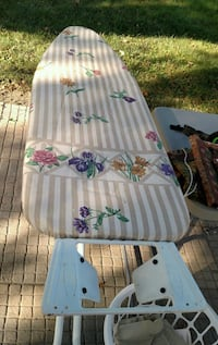Ironing board with iron rest and cover Sioux Falls
