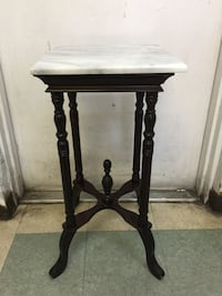 Marble top plant stand side table  皮内拉斯帕克, 33781