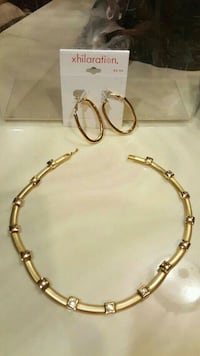 gold-colored chain necklace Fair Lawn, 07410