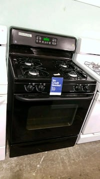 Ge propane gas stove 30inches!  Queens