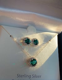 Sterling Silver Green Crystals Necklace & Earrings  Manassas, 20109