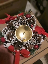 Christmas candle holder need gone moveing