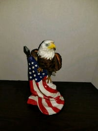 American Bald Eagle with American Flag Figurine Chantilly, 20151